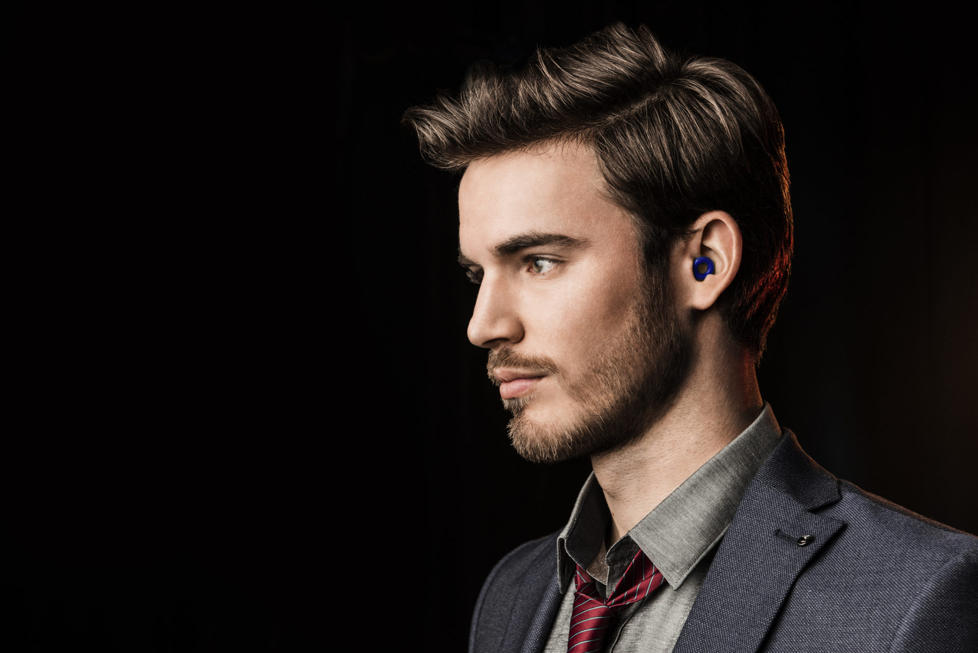 Maarten-Bodewes  Stephanie_600x600  Sverre_blue_600x600  Loop-red-in-ear  Loop-blue-in-ear